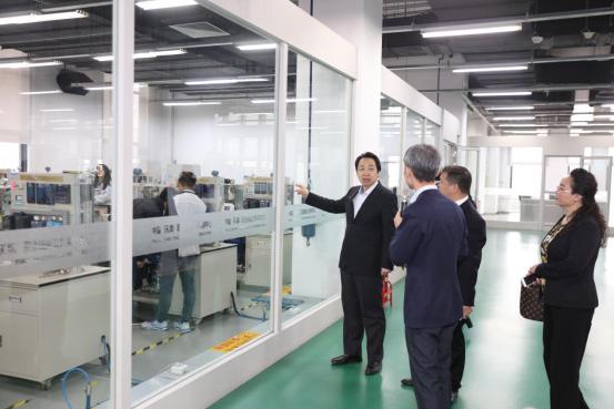 李奇勇院長率團訪問天津中德應用技術大學